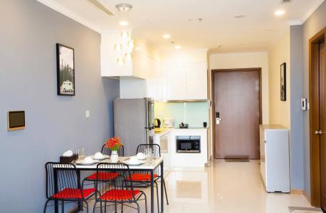 Bán căn hộ Vinhomes Central Park 1PN, tầng cao, đầy đủ nội thất, view sông Sài Gòn và thành phố