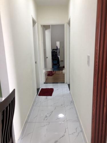 Phòng khách Carillon Apartment, Tân Bình Căn hộ Carillon Apartment nội thất cơ bản, hướng Đông.