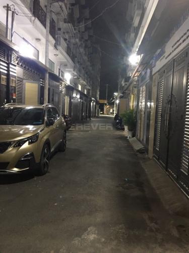 Đường hẻm nhà phố Nguyễn Văn Dung, Gò Vấp Nhà phố hướng Tây Nam, hẻm 2 xe hơi tránh nhau, sổ hồng riêng.