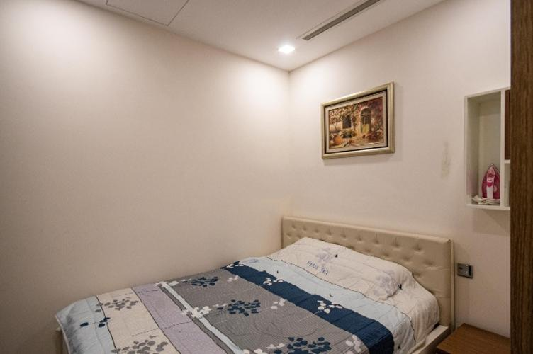 Phòng ngủ căn hộ Vinhomes Golden River Căn hộ Vinhomes Golden River view thành phố, nội thất đầy đủ.