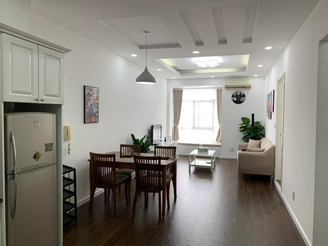 Phòng khách căn hộ Sky Garden 3, Quận 7 Căn hộ Sky Garden 3 tầng 4 view nội khu thoáng đãng, đầy đủ nội thất.