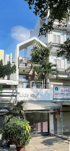 Bán nhà đường Mai Văn Vĩnh, Quận 7, sổ hồng, cách mặt tiền Nguyễn Thị Thập 400m