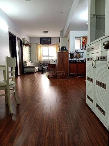 Căn hộ chung cư Khang Gia tầng 3 view thoáng mát, nội thất cơ bản.