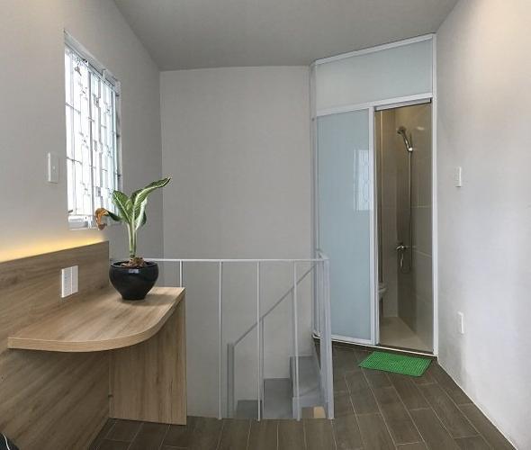 Không gian nhà phố Quận 8 Nhà phố hẻm hướng Tây bàn giao nội thất cơ bản mới, pháp lý đầy đủ.