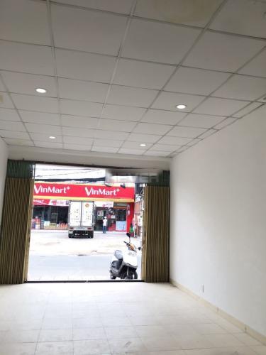 Không gian mặt bằng kinh doanh Quận 9 Mặt bằng kinh doanh đường Dương Đình Hội diện tích 90m2, đầy đủ tiện ích.