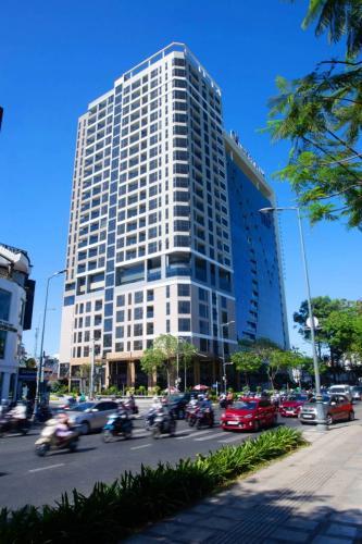 Căn hộ Park Legend, Tân Bình Căn hộ Park Legend cửa hướng Đông view thành phố thoáng mát.