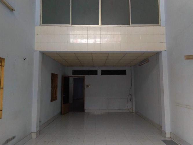 Nhà phố Tân Bình hướng Đông Nam, 1 trệt 2 lầu diện tích 5mx18m.