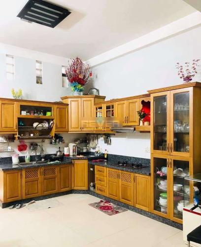 Phòng bếp nhà phố Quận Bình Tân Nhà phố mặt tiền đường 30 hướng Đông có sân thượng, đầy đủ nội thất.