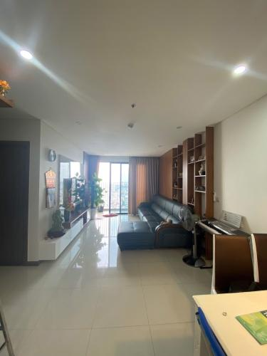 Căn hộ Hado Centrosa Garden tầng 25 nội thất đầy đủ