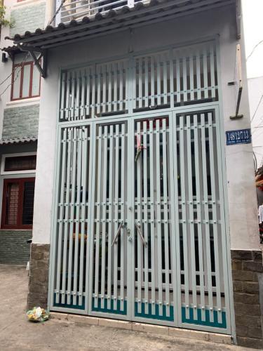 Nhà phố hướng Tây hẻm đường Tôn Đản, sổ hồng bàn giao ngay.