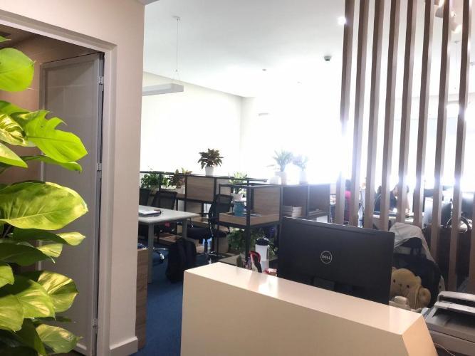 Bán Office-tel Golden King với đầy đủ nội thất văn phòng.