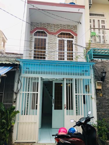Nhà phố hẻm 6m Q.Bình Tân 1 trệt 1 lầu, diện tích sử dụng 70m2.