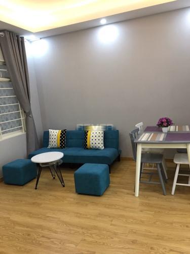 Căn hộ chung cư Tôn Thất Thuyết tầng cao đầy đủ nội thất.