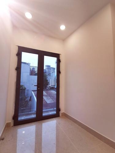 Nhà mới đẹp ngay cầu Thị Nghè, hẻm xe ba gác, 3 tầng diện tích sử dụng 70m2