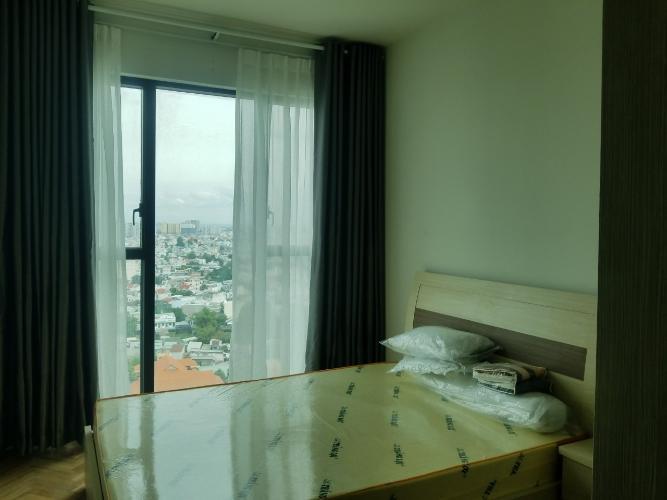 Phòng ngủ căn hộ Feliz en Vista Căn hộ Feliz En Vista thô, tầng cao view thành phố thoáng mát.