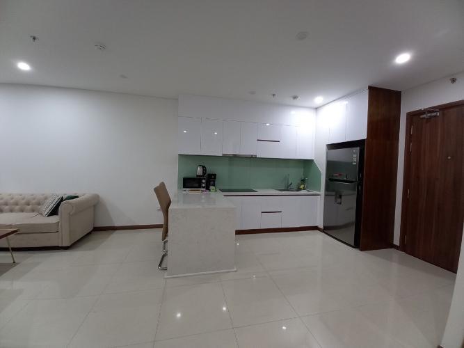 Căn hộ HaDo Centrosa Garden tầng 28 thiết kế hiện đại, đầy đủ nội thất.