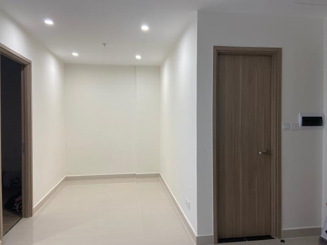 Căn hộ Vinhomes Grand Park tầng cao nội thất cơ bản, tiện ích đầy đủ.