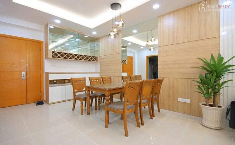 Căn hộ Saigon Pearl tầng trung, nội thất bàn giao tiện nghi.
