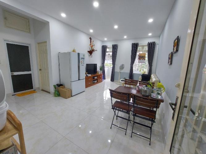 Căn hộ An Sương Apartment có 2 phòng ngủ, đầy đủ nội thất.