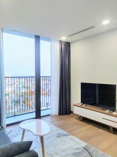 Căn hộ tầng 17 Eco Green Saigon đầy đủ nội thất, view thoáng gió