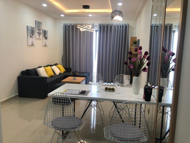 Phòng khách The Sun Avenue Quận 2 Căn hộ The Sun Avenue tầng cao, nội thất đầy đủ.