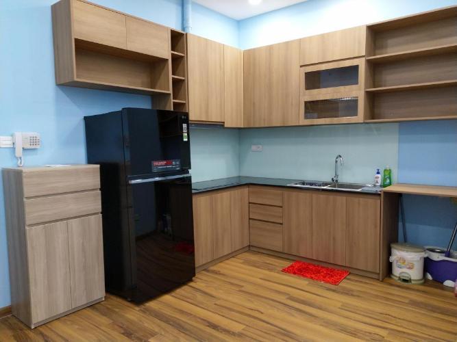 Căn hộ Officetel The Sun Avenue sàn lót gỗ, đầy đủ nội thất.