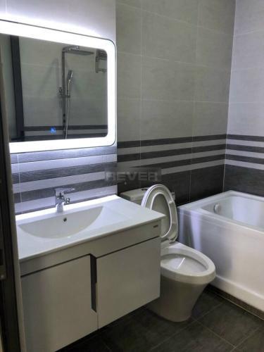 Phòng tắm nhà phố Quận 7 Nhà phố đường rộng 20m Quận 7 hướng Nam diện tích sử dụng 180m2.