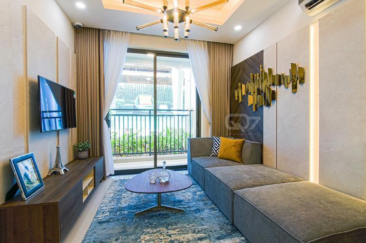 Phòng khách mẫu căn hộ Q7 Boulevard Bán căn hộ Q7 Boulevard tầng thấp, 2 phòng ngủ, diện tích 57m2, ban công hướng Tây