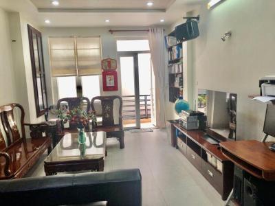 Cho thuê nhà hẻm xe hơi Q. Phú Nhuận, đầy đủ nội thất, dọn ở ngay.