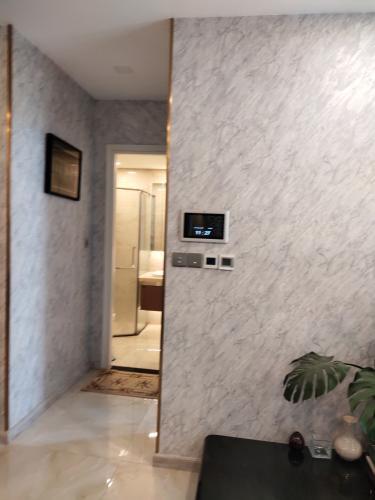 phòng khách Vinhomes Golden River Căn hộ 1 phòng ngủ Vinhomes Golden River đầy đủ nội thất, tầng trung
