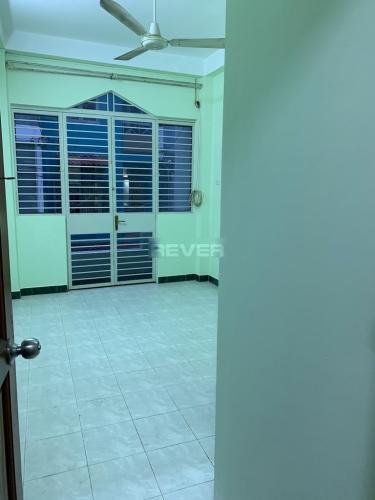 Phòng ngủ nhà Bình Thạnh Nhà phố Bình Thạnh diện tích sử dụng 126m2, cửa chính hướng Tây Bắc.