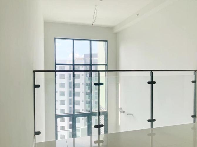 Tầng lửng Celadon City, Tân Phú Căn hộ Duplex Celadon City tầng trung, view thành phố sầm uất.