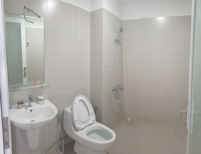 Phòng tắm căn hộ D-Vela, Quận 7 Căn hộ D-Vela tầng 17 hướng Nam ban công thoáng mát, nội thất cơ bản.