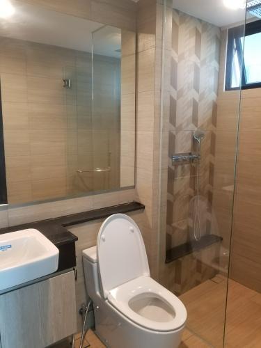 Nhà vệ sinh căn hộ Feliz en Vista Căn hộ Feliz En Vista thô, tầng cao view thành phố thoáng mát.