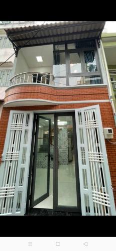 Nhà hẻm rộng 3.5m cách mặt đường Hưng Phú 50m, kết cấu 2 tầng kiên cố.