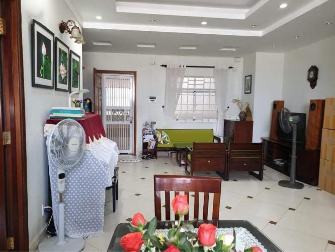 Căn hộ Chung Cư H2 Hoàng Diệu tầng cao, nội thất đầy đủ.