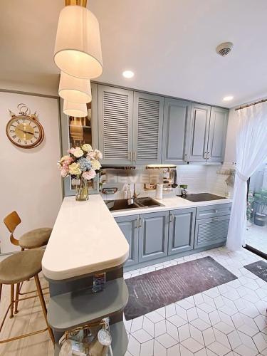 Phòng bếp , Căn hộ Lexington Residence , Quận 2 Căn hộ Lexington Residence tầng cao view thoáng mát, đầy đủ nội thất.