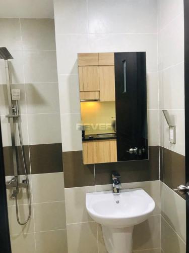 Phòng tắm Kingston Residence, Phú Nhuận Officetel Kingston Residence đầy đủ nội thất, hướng  Đông Nam.