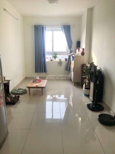 Căn hộ Topaz Home tầng 18 view thành phố thoáng mát, nội thất cơ bản.