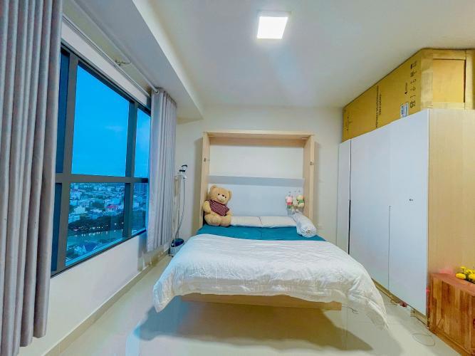 Officetel The Sun Avenue tầng 19, đầy đủ nội thất sang trọng.