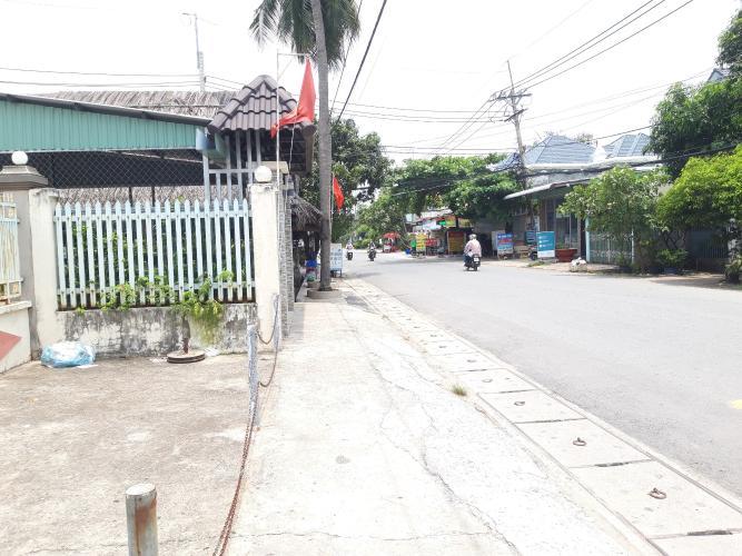 Đường trước đất nền Huyện Củ Chi Đất nền mặt tiền đường Số 11, diện tích 300m2  cách cầu vượt Củ Chi 50m.