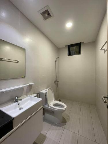 Phòng tắm căn hộ Jamila Khang Điền, Quận 9 Căn hộ Jamila Khang Điền tầng 7 đầy đủ nội thất hiện đại.