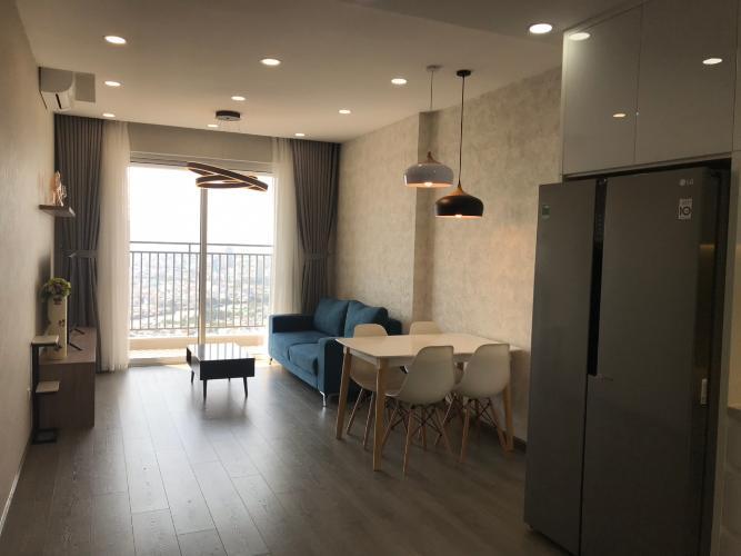 Căn hộ Sunrise Cityview tháp B nội thất đầy đủ hiện đại, ban công lớn.