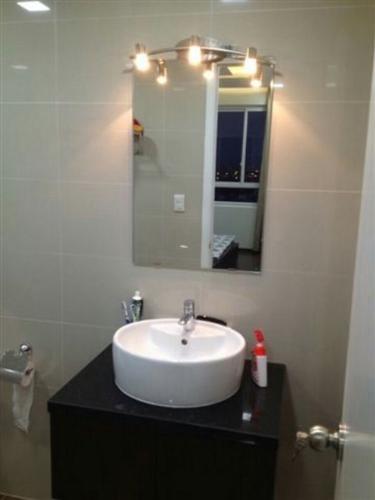 Phòng tắm căn hộ Tropic Garden Căn hộ Tropic Garden tầng cao đầy đủ nội thất, tiện nghi cao cấp.