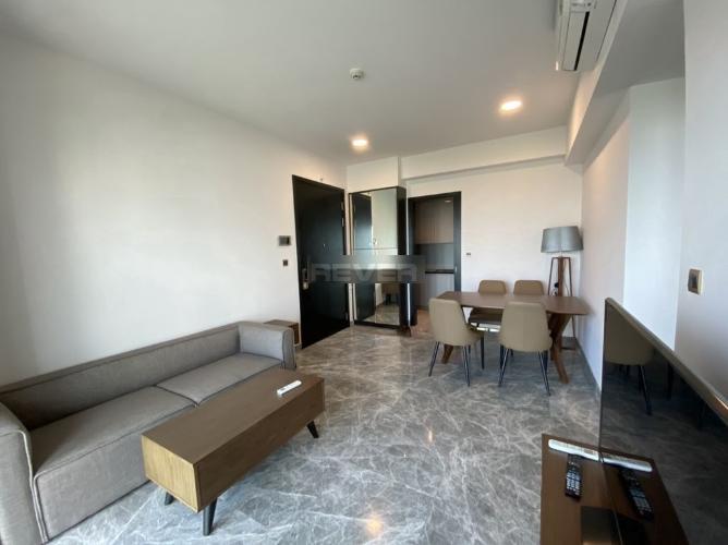 Căn hộ D1 Mension tầng 12 cửa hướng Đông Nam, đầy đủ nội thất.