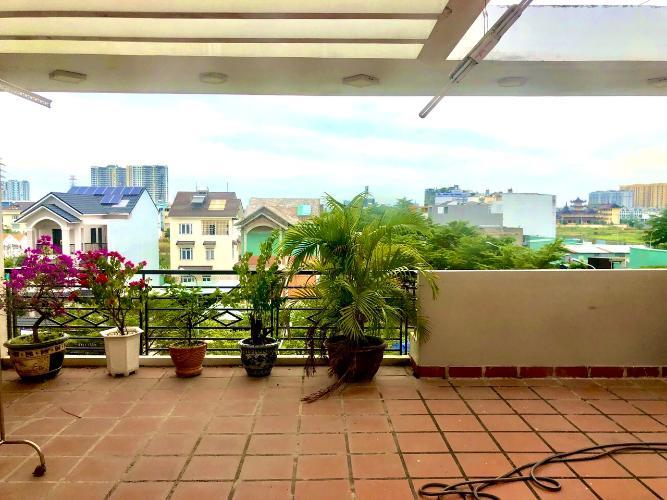 Sân thượng nhà phố Quận 9 Nhà phố KDC Hoàng Anh Minh Tuấn Quận 9 nhà bàn giao đầy đủ nội thất.