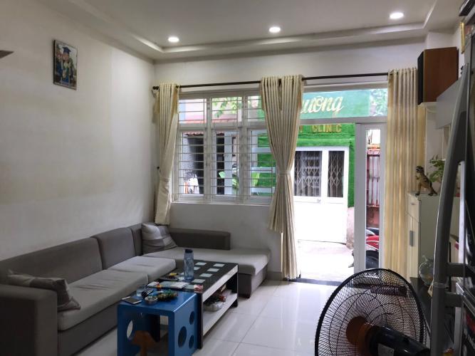 Phòng khách nhà phố Lê Đức Thọ, Gò Vấp Nhà phố 1 trệt 1 lầu hướng Đông Bắc, hẻm nội bộ thoáng mát.