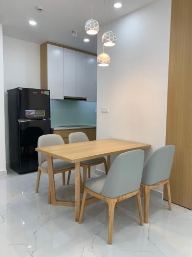 bàn ăn căn hộ Phú Mỹ Hưng Midtown Căn hộ Phú Mỹ Hưng Midtown tầng trung đầy đủ nội thất sang trọng.