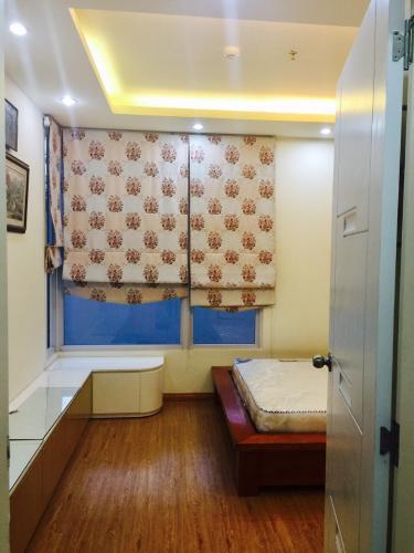 Phòng ngủ Prince Residence, Phú Nhuận Căn hộ Prince Residence hướng Đông Nam, đầy đủ nội thất.