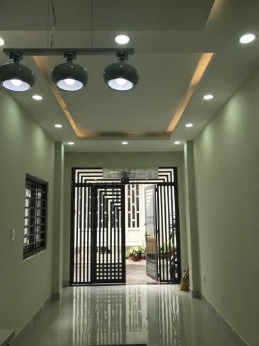 Nhà phố Quận Phú Nhuận Nhà phố diện tích 30m2 kết cấu 1 trệt 3 lầu, khu dân cư đông đúc.